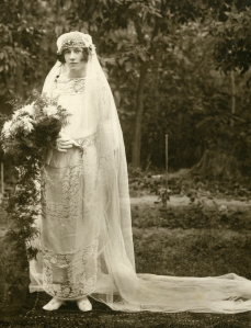my-granny-sydney-on-her-wedding-day-in-lahore-1923